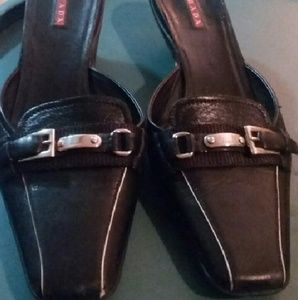PRADA Black shoes Size 37 or Size 7