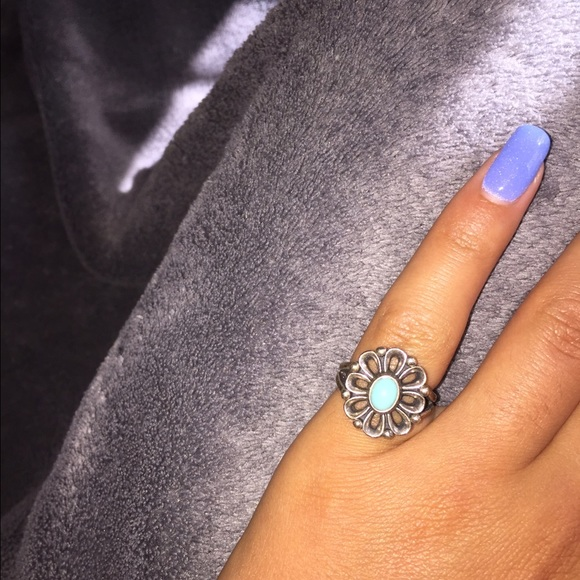 56c92c196 James Avery Jewelry - James Avery De Flores ring w/ turquoise