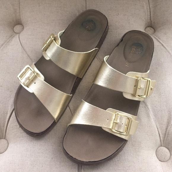 0babb6854c3 Birkenstock Shoes - Gold Madden Girl Birkenstocks 8