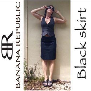 Banana Republic Dresses & Skirts - Black Banana Republic skirt