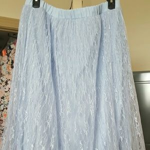 LC Lauren Conrad Dresses & Skirts - Lace and tulle skirt