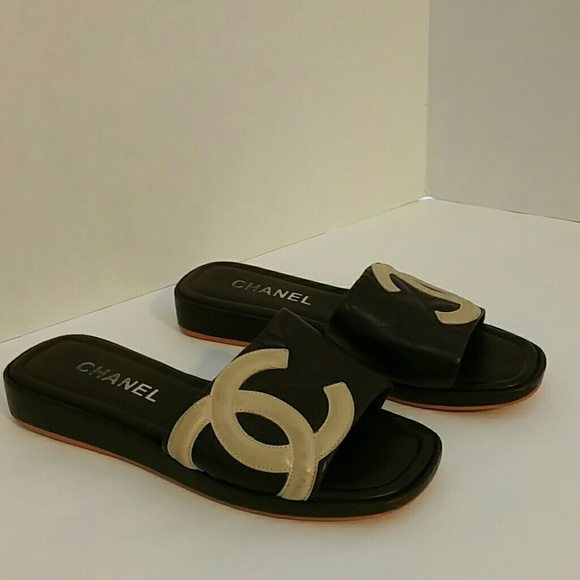 64 Off Chanel Shoes Chanel Logo Black Leather Cambon