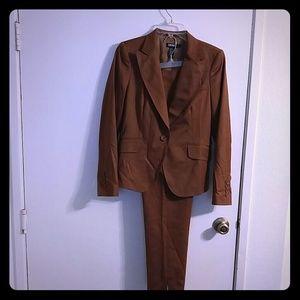 Classic DKNY Pantsuit