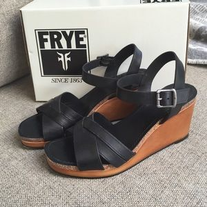 Frye Shoes - Frye Margo wedge like new