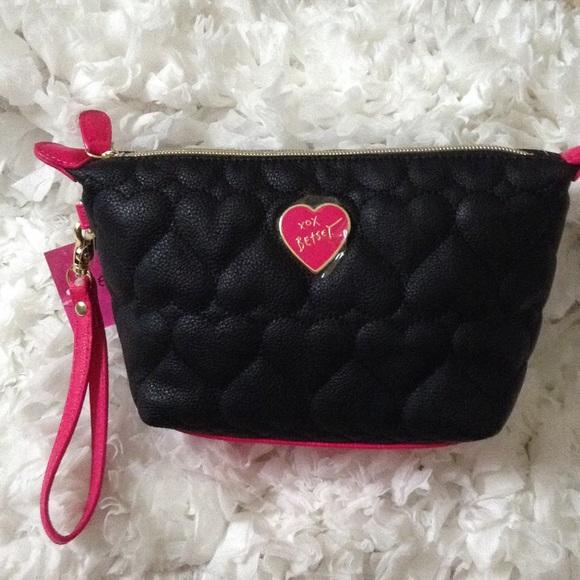 Betsey Johnson ▫ Trapezoid Cosmetic Bag e4cfdfbb14009