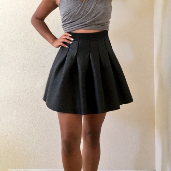 29 h m dresses skirts faux leather skater skirt