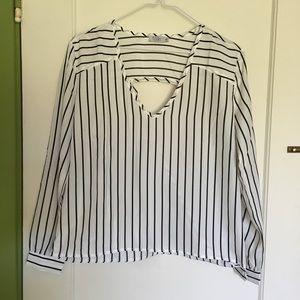 NWT TOBI Striped Top w/ back detail