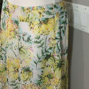 Bob Mackie Dresses & Skirts - Bob Mackie Floral Skirt Size 10 🛍