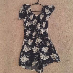 Romper -- only worn once. No size.