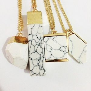 Jewelry - Marble and Gold Necklace