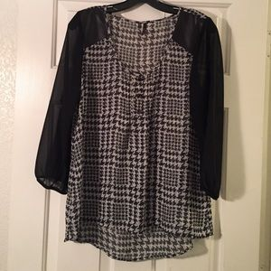 Maurices Tops - Maurices Chiffon Top.