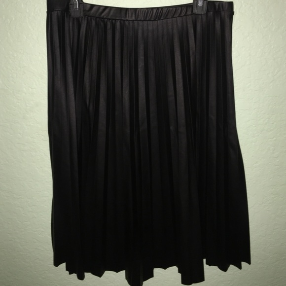 899f93d94fe Charlotte Russe Dresses   Skirts - Faux Leather Midi Skirt