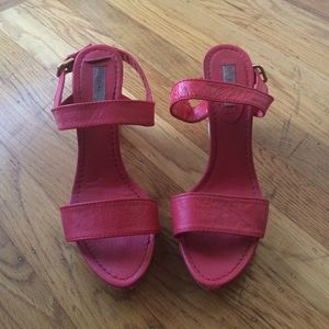 Red wood wedges by Zara size 38