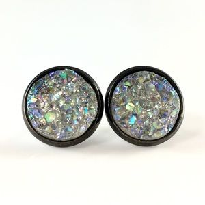 thejeweladdict Jewelry - 3 for 15🎀iridescent Crystal Druzy style studs
