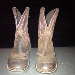 Justin fat baby boots