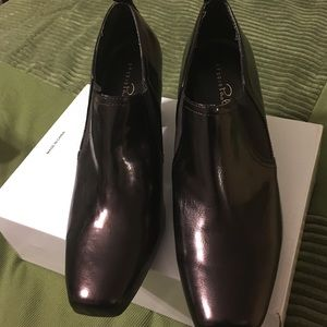 Studio Paolo Shoes - Brand New never worn Sz9.5 brown patent like heels