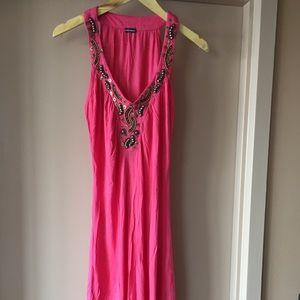 Summer Dress with decorative V neck