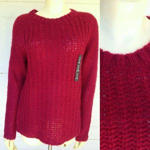 NWT Gap Women's Knitted Pullover Red