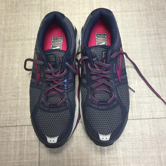 8f3fa4d52a884 SALE!!!!NWOT! Brooks Addiction 12 Running Shoe