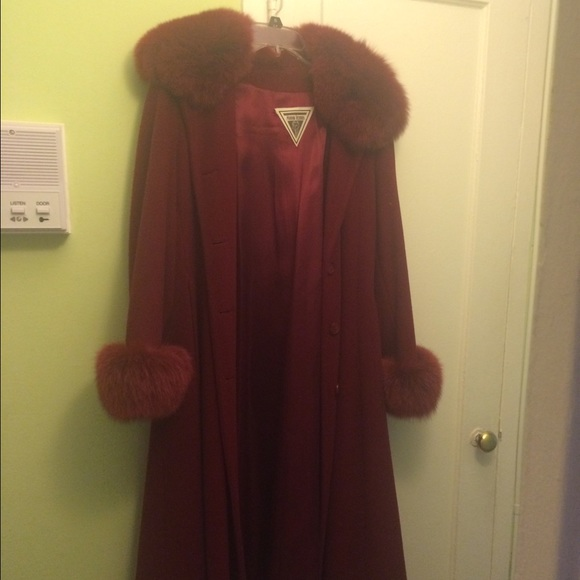 exquisite design many styles 100% high quality Marvin Richards fox trim wool coat