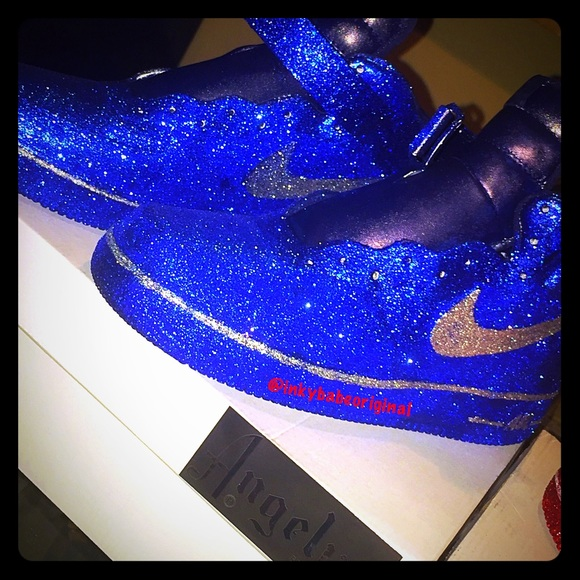 503bd3dbe35c0 Custom glitter mid-top AIRFORCE 1s Boutique