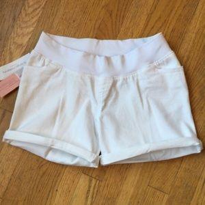 Liz Lange Pants - NWT🚨LIZ LANGE Cuffed UnderBelly Maternity Shorts
