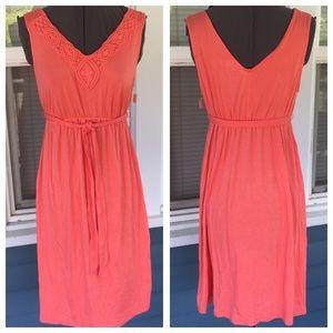Liz Lange for Target Dresses & Skirts - NWT🚨LIZ LANGE Coral Maternity Dress
