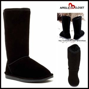 Boutique Shoes - ❗1-HOUR SALE❗Genuine Suede Boots Shearling Lined