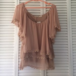 Gibson Tops - Gibson nude flowy top