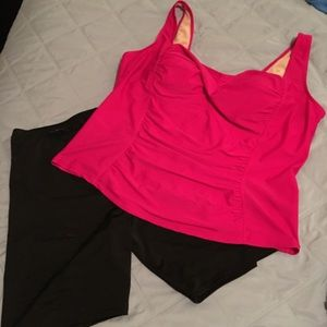 Other - Two piece swimsuit-shorts and tank 2x