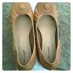 Herstyle Tan Flats