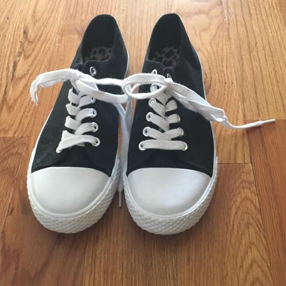 Airwalk Shoes - Airwalk women s retro Oxford c223b7f6ed