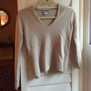 White + Warren Sweaters - Cashmere V-neck Sweater