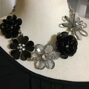Black and silver flowers necklace