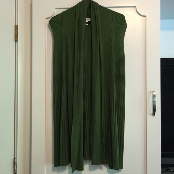 Dress Barn - Hunter Green Sweater Vest XL Dress Barn from Jen's ...