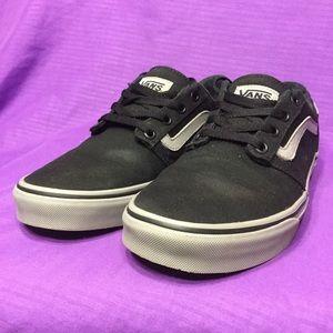 Vans Shoes - VANS CHAPMAN old pro sk8 skool lo era . 40 w9 m7. e3874ea90