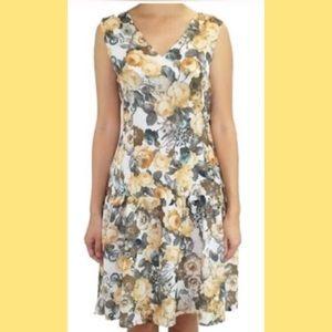 Relished Dresses & Skirts - 🔴🌼LOVELY FLORAL FLURRIES DRESS (S,M,L)🌼