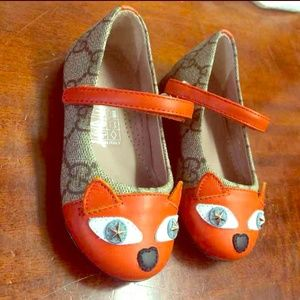 Gucci Girls Fox Flats Size 4