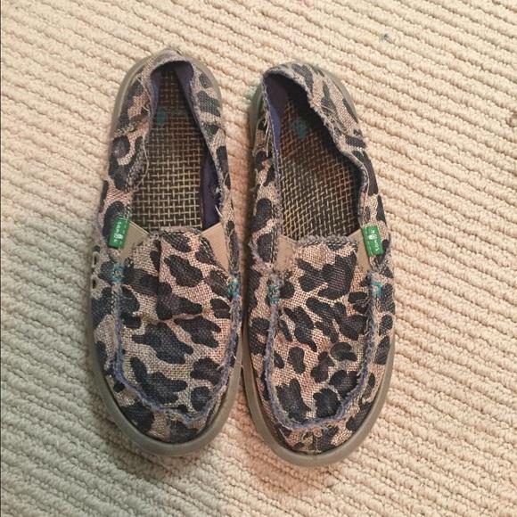 Sanuk Shoes | Leopard Print Sanuks
