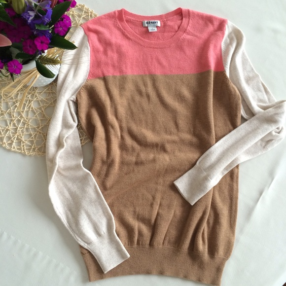 Old Navy - Lightweight Colorblock Sweater from Samantha's closet ...