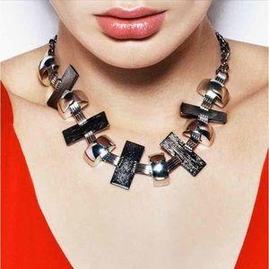 Jewelmint Jewelry - Jewelmint Always Astoria Necklace
