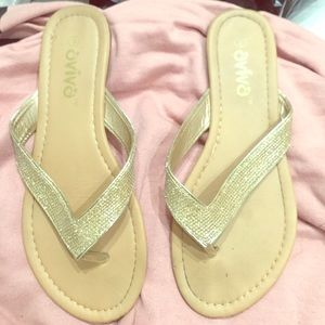 Aviana Shoes - Gold sandals