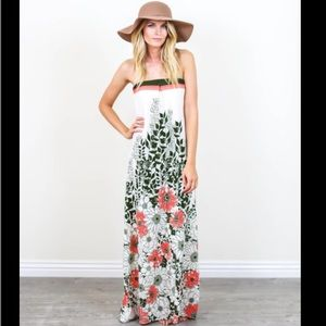 Vici Collection Dresses & Skirts - BNWT Floral Maxi Dress from Vici Collection