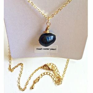 Boutique Jewelry - Freshwater Black Pearl Necklace