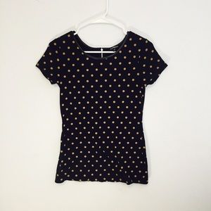 Tight fitting polka dot Express tee