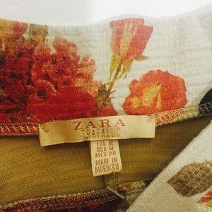 Zara Skirts - Flared loose pleat Zara Trf mini skirt.