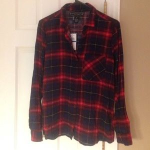 Polly & Esther Tops - Poly & Ester red plaid shirt, lightweight size M