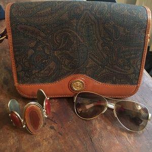 Balmain Handbags - Host pick! ❤️ RARE vintage Pierre Balmain purse!