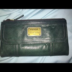 Forest green leather fossil wallet