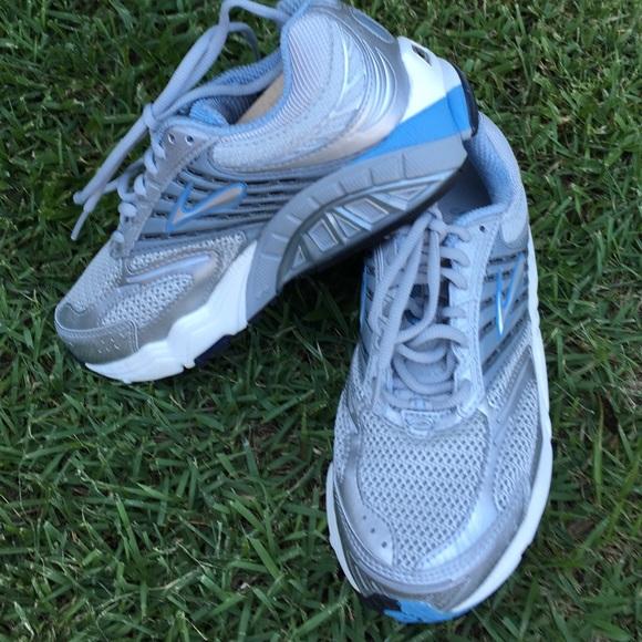 37e4d5e030b Brooks Shoes - Brooks women s golf shoes